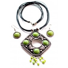 Costume jewelry 3pc