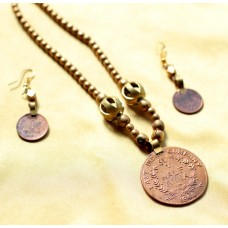 Currency Necklace set