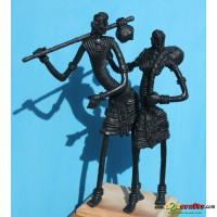 Set of 2 metal statues -- Tribal family