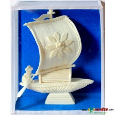Shola pith craft - Single sail boat 8""