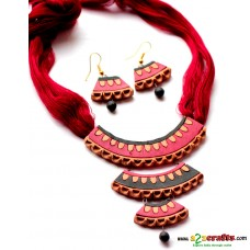 Terracotta 3 layer necklace