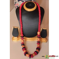 Wood necklace set